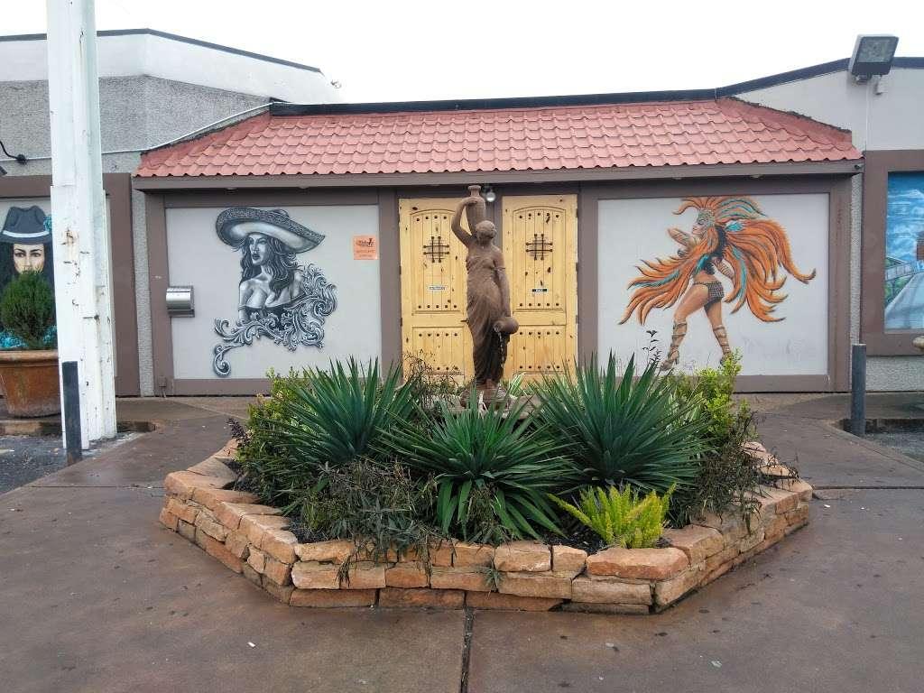 Chicas Cabaret - night club  | Photo 1 of 10 | Address: 9924 North Fwy, Houston, TX 77037, USA | Phone: (346) 800-3861
