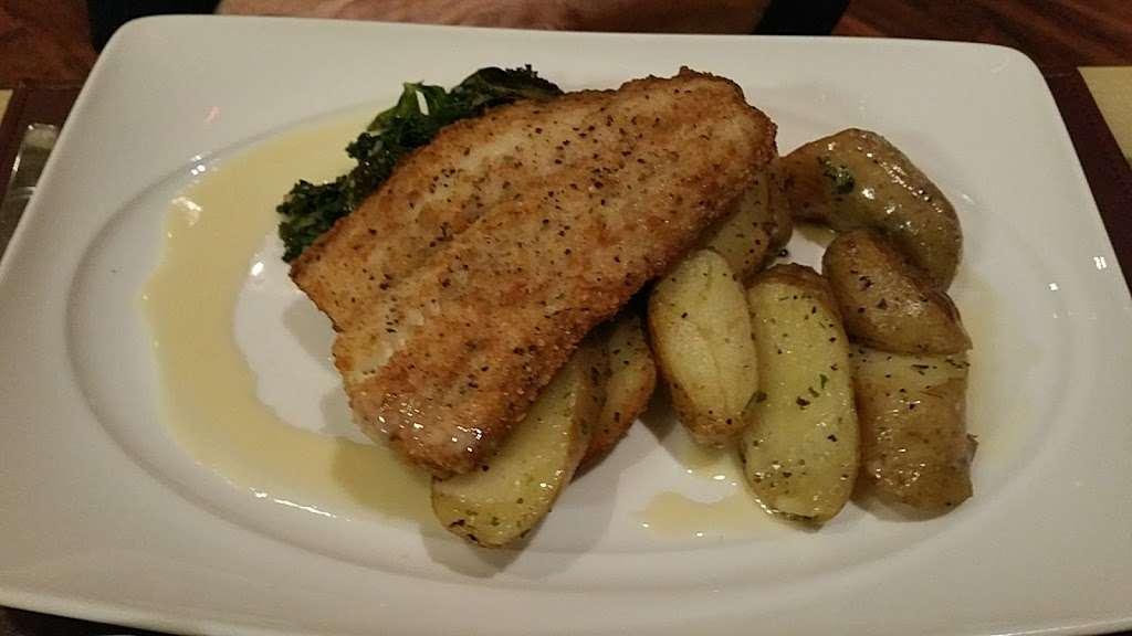 Center Cut - restaurant  | Photo 7 of 10 | Address: 4300 N Michigan Rd, Shelbyville, IN 46176, USA | Phone: (877) 386-4463