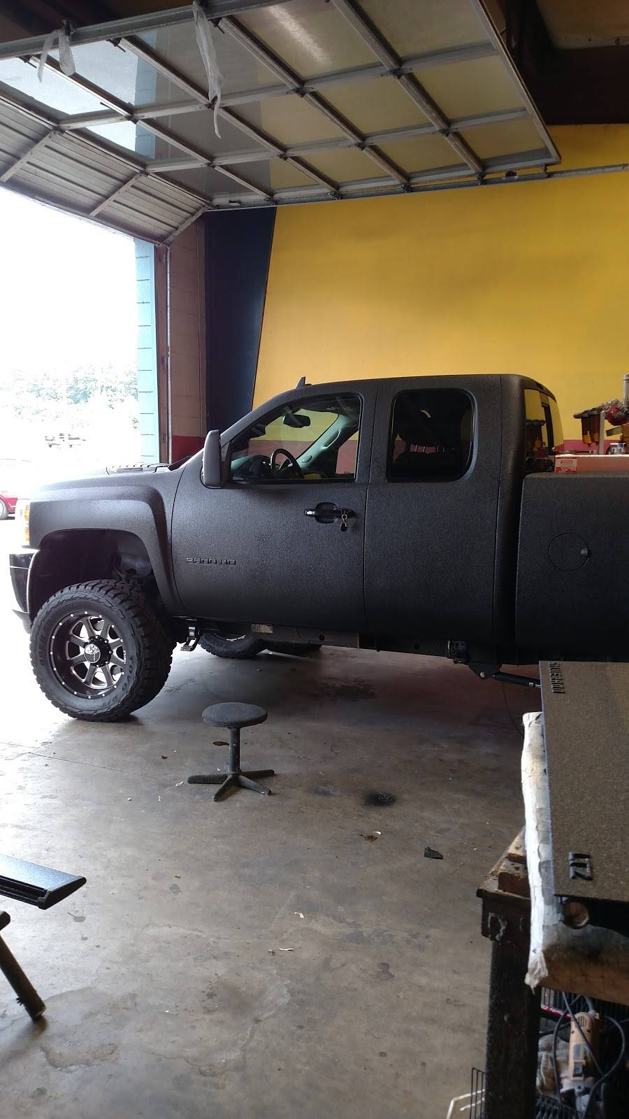 LINE-X of Winston Salem - car repair  | Photo 8 of 10 | Address: 5350 University Pkwy P, Winston-Salem, NC 27106, USA | Phone: (336) 744-5575