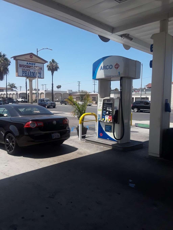 ARCO - gas station    Photo 4 of 10   Address: 124 W Pacific Coast Hwy, Long Beach, CA 90806, USA   Phone: (562) 599-8494