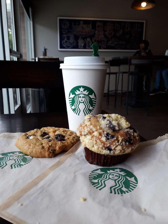 Starbucks - cafe    Photo 5 of 5   Address: 4001 S Inglewood Ave, Redondo Beach, CA 90278, USA   Phone: (310) 349-0860