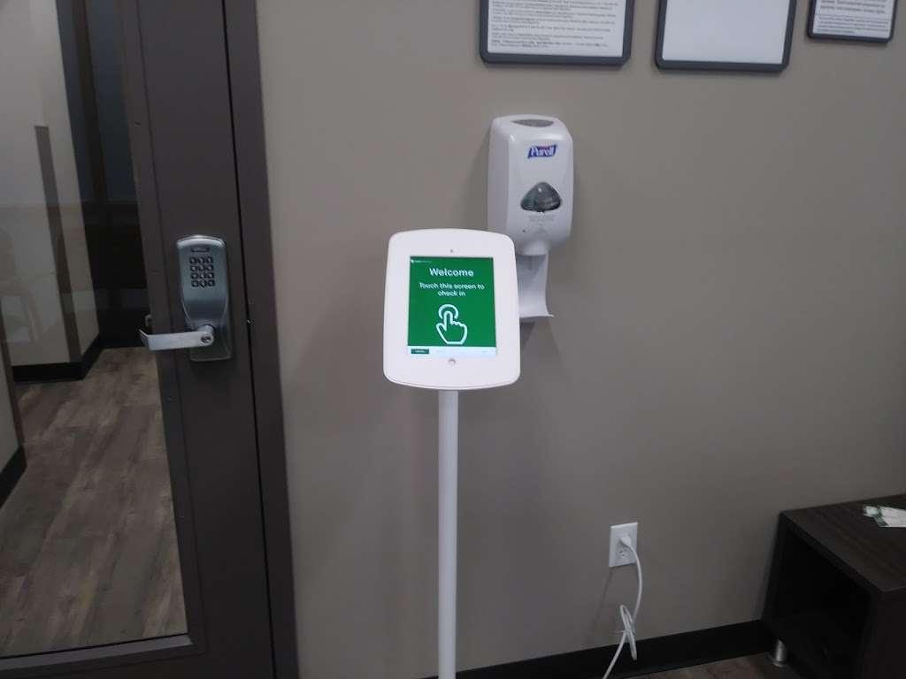 Quest Diagnostics Inside Walmart Hammond - health  | Photo 3 of 4 | Address: 1100 5th Ave, Hammond, IN 46320, USA | Phone: (866) 697-8378