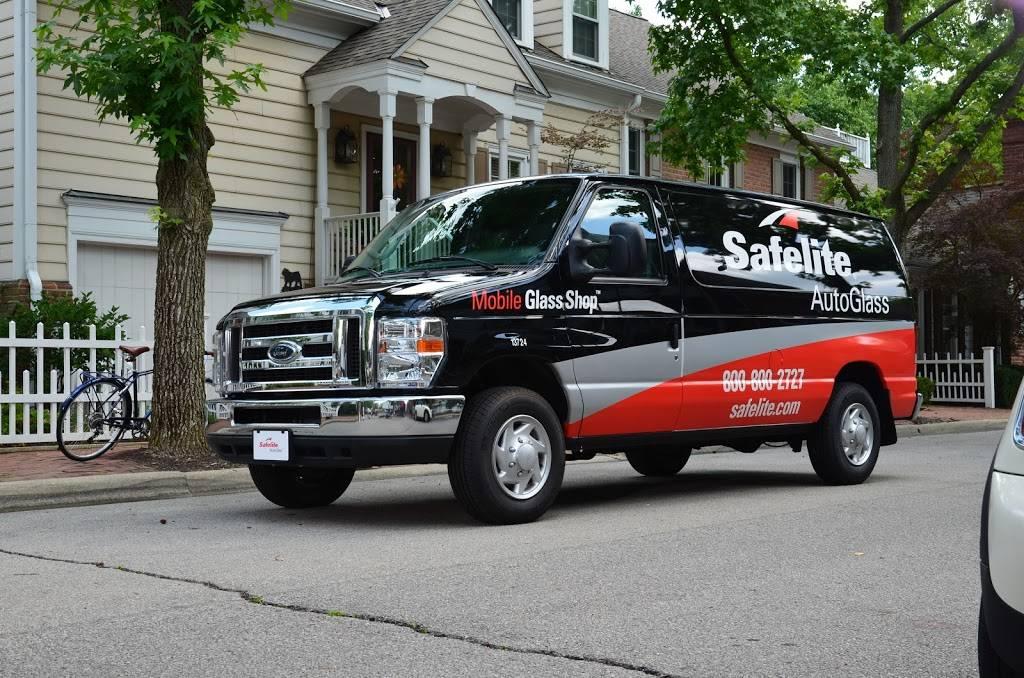 Safelite AutoGlass - car repair  | Photo 1 of 4 | Address: 6990 N Pecos St, Denver, CO 80221, USA | Phone: (877) 664-8932