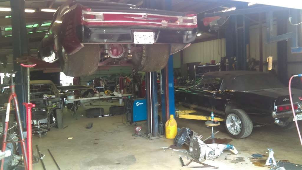 Merlin Automotive - car repair  | Photo 9 of 10 | Address: 216 FM78, Schertz, TX 78154, USA | Phone: (210) 945-8993
