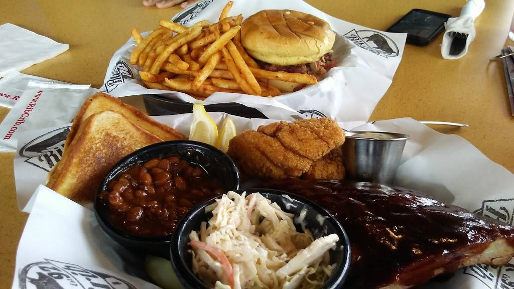 RibCrib BBQ & Grill - restaurant  | Photo 4 of 10 | Address: 8040 S Yale Ave, Tulsa, OK 74136, USA | Phone: (918) 492-8627
