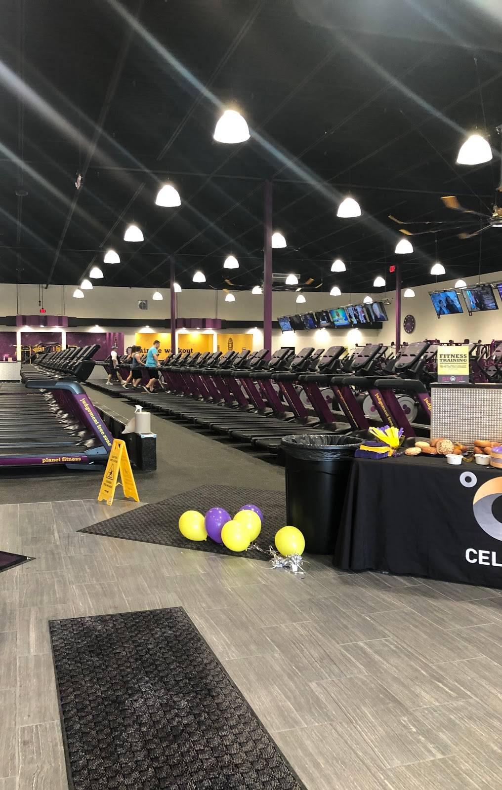 Planet Fitness - gym  | Photo 7 of 9 | Address: 10650 Baltimore St NE, Blaine, MN 55449, USA | Phone: (763) 270-5601