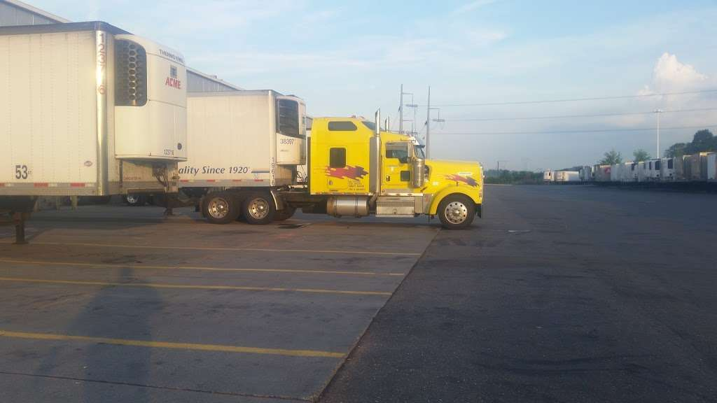 SuperValu - storage  | Photo 3 of 10 | Address: 500 S Muddy Creek Rd, Denver, PA 17517, USA | Phone: (717) 335-4000