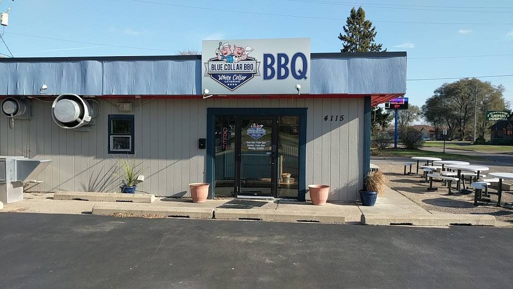 Blue Collar BBQ - restaurant  | Photo 1 of 9 | Address: 4115 Woodland Rd, Circle Pines, MN 55014, USA | Phone: (651) 493-8589