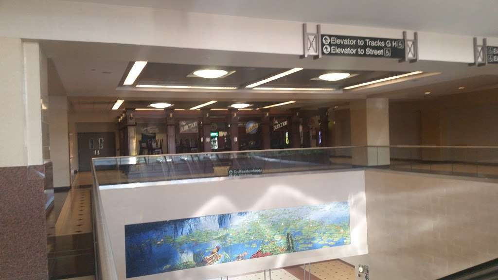 Frank R. Lautenberg Secaucus Junction - bus station  | Photo 4 of 10 | Address: County Rd & County Avenue, Secaucus, NJ 07097, USA