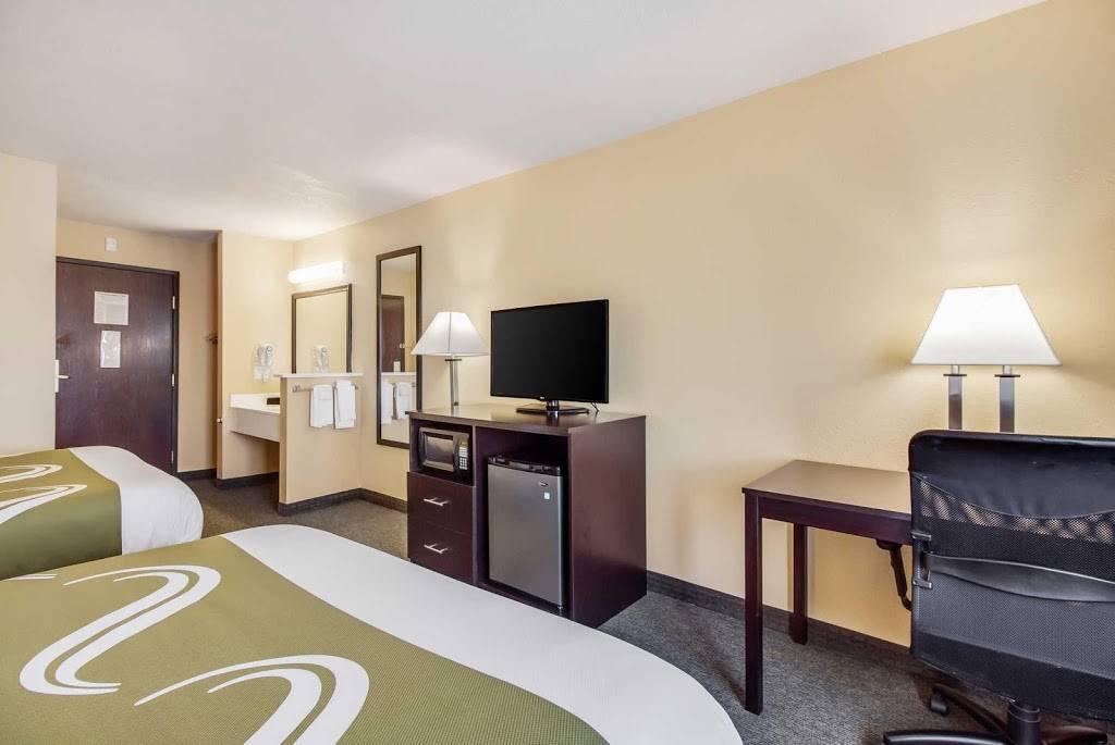 Quality Inn & Suites - lodging  | Photo 2 of 10 | Address: 7333 Husker Cir, Lincoln, NE 68504, USA | Phone: (402) 817-7807