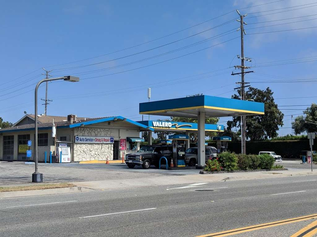 Torrance Valero and Auto Repair - gas station  | Photo 3 of 10 | Address: 3975 W 190th St, Torrance, CA 90504, USA | Phone: (310) 371-4806