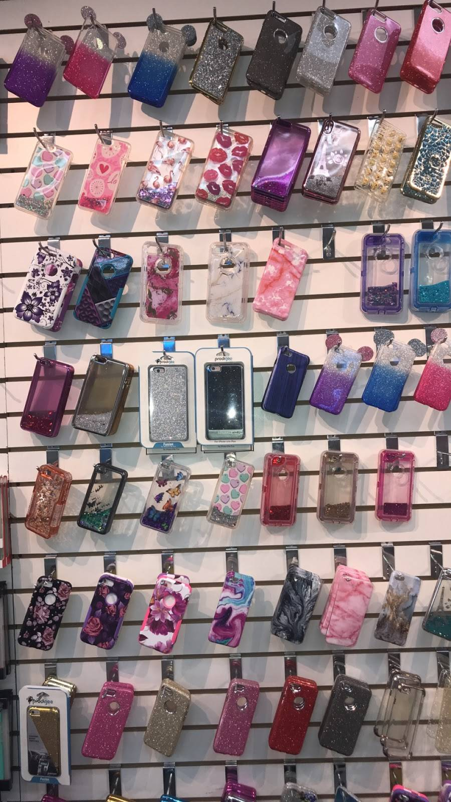 419 Cell Phone Repair - store  | Photo 7 of 9 | Address: 1251 S Reynolds Rd, Toledo, OH 43615, USA | Phone: (419) 720-7628