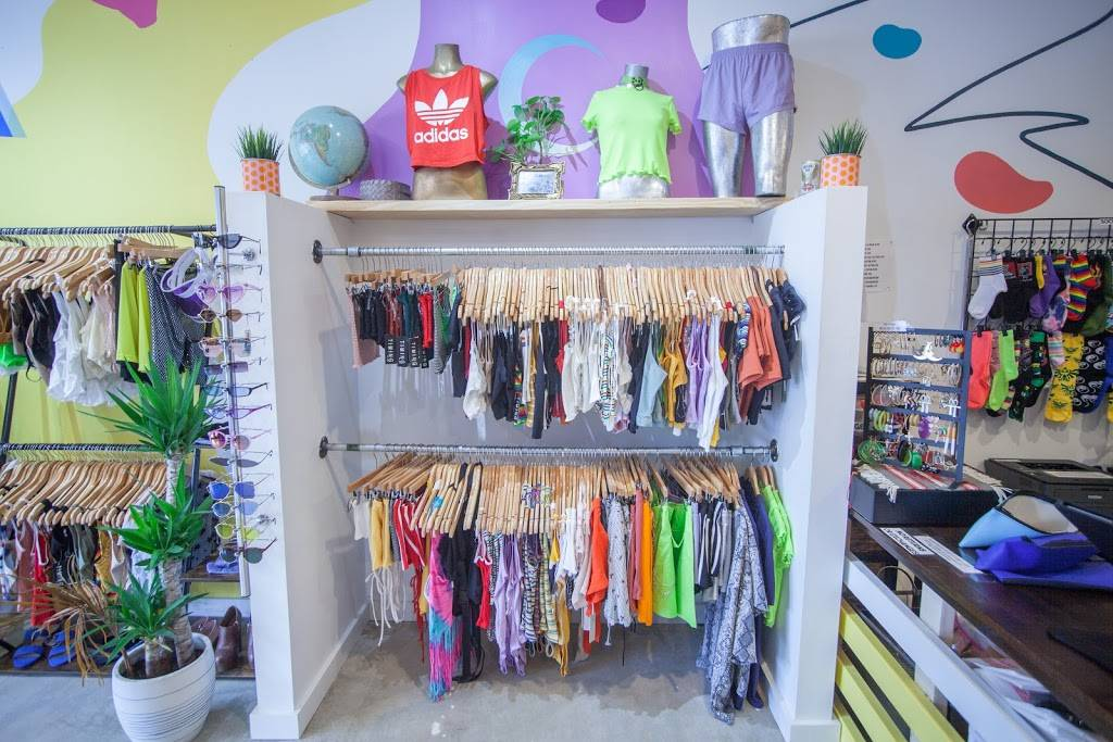 Rumors Durham - clothing store  | Photo 10 of 10 | Address: 2501 University Dr unit 3, Durham, NC 27707, USA | Phone: (919) 381-8585