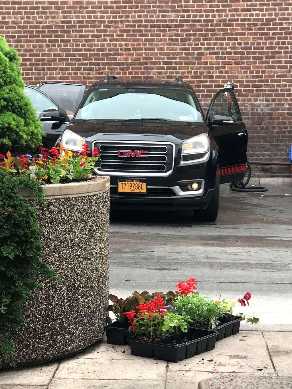 Ultra Sonic Inc - car wash  | Photo 8 of 10 | Address: 249-24 Jericho Turnpike, Bellerose, NY 11001, USA | Phone: (516) 502-2818
