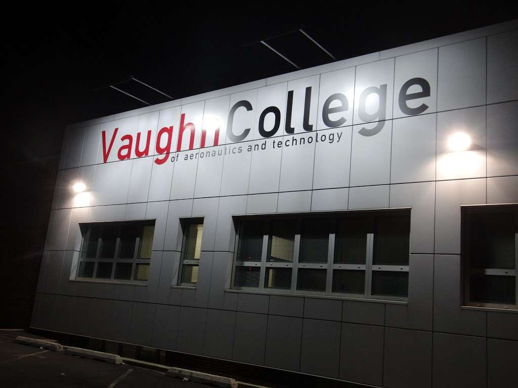 Vaughn College Bookstore - book store  | Photo 2 of 4 | Address: 8601 23rd Ave, Flushing, NY 11369, USA | Phone: (718) 639-6788