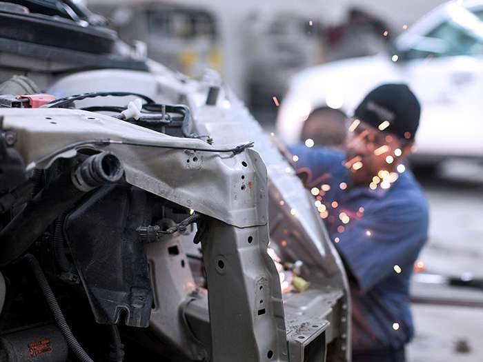 Gerber Collision & Glass - car repair  | Photo 7 of 10 | Address: 6140 W 159th St, Oak Forest, IL 60452, USA | Phone: (708) 687-0428