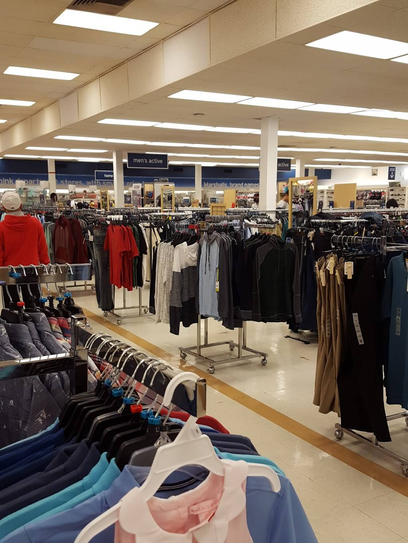 Marshalls - department store  | Photo 7 of 9 | Address: 9130 Overland Plaza, Overland, MO 63114, USA | Phone: (314) 429-0039