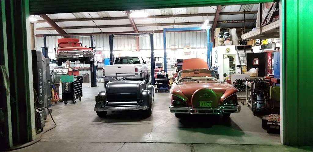 Rollings Automotive Inc - car repair    Photo 9 of 10   Address: 6107 Marlatt St, Mira Loma, CA 91752, USA   Phone: (951) 361-3001