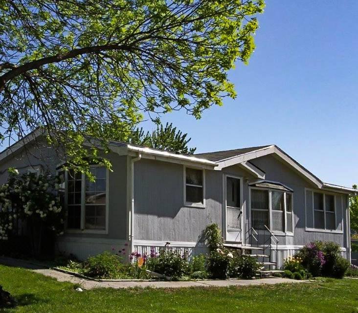 Contempo - rv park  | Photo 1 of 10 | Address: 3601 N 1st St, Lincoln, NE 68521, USA | Phone: (402) 207-0537