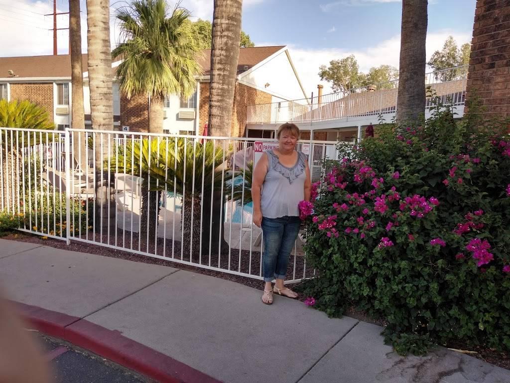 Motel 6 Marana City, AZ - Tuscon - North - lodging  | Photo 10 of 10 | Address: 7277 North Camino De Oeste, Tucson, AZ 85742, USA | Phone: (520) 744-9300