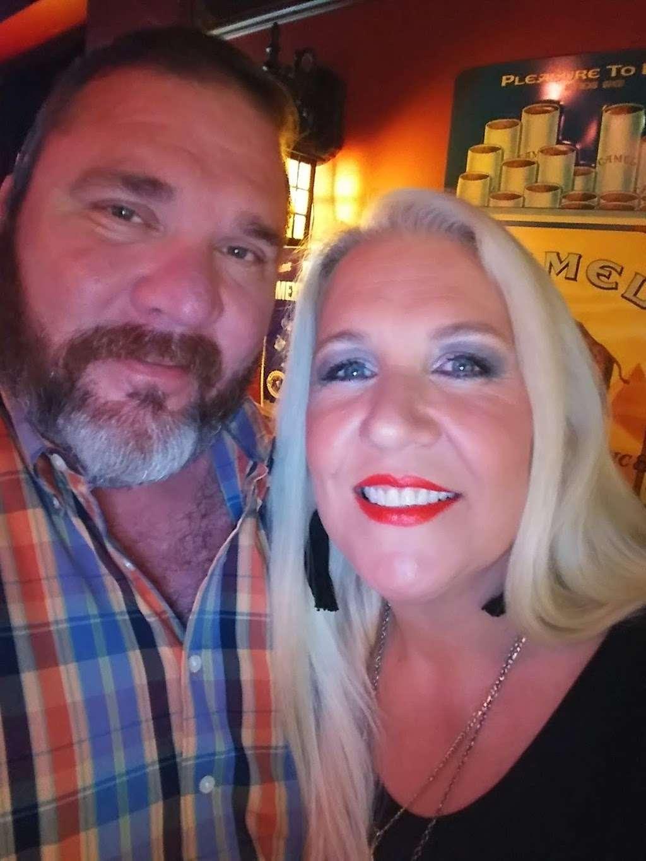 Mollys Pub - night club    Photo 9 of 10   Address: 400 Texas Ave, Kemah, TX 77565, USA   Phone: (281) 334-2777