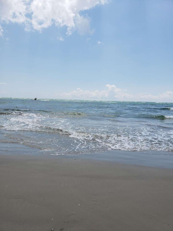 3D Beach - lodging  | Photo 9 of 10 | Address: 13115 Gulf Beach Dr, Freeport, TX 77541, USA | Phone: (713) 204-8054