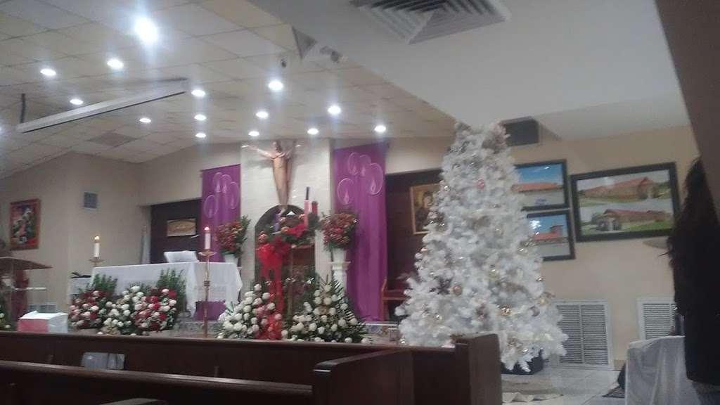 St Philip of Jesus Catholic Church/ San Felipe de Jesus Houston, - church  | Photo 10 of 10 | Address: 9700 Villita St, Houston, TX 77013, USA | Phone: (713) 672-6141