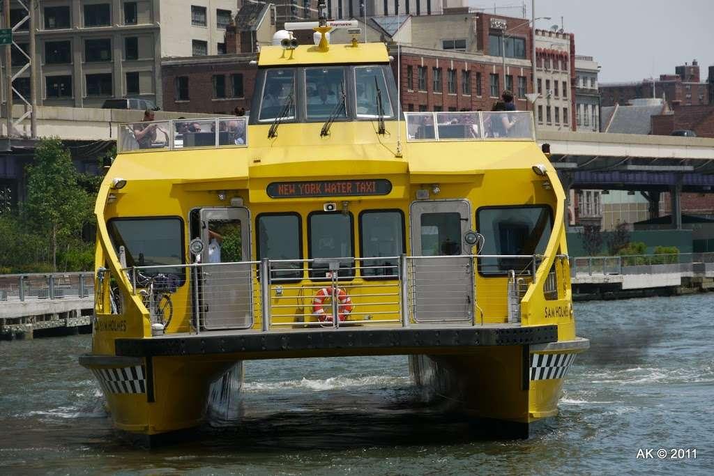Liberty Landing Marina - transit station  | Photo 9 of 10 | Address: 76 Audrey Zapp Dr, Jersey City, NJ 07305, USA | Phone: (201) 604-5799