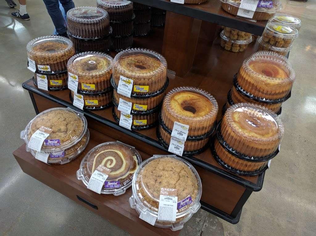 Superior Grocers - bakery  | Photo 4 of 10 | Address: 1720 17th St, Santa Ana, CA 92705, USA | Phone: (714) 972-1910