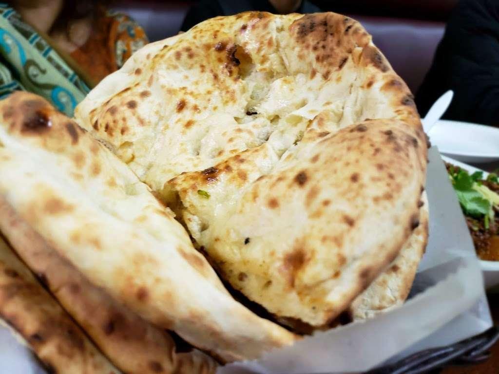 Bundu Khan Kabab House - restaurant  | Photo 4 of 10 | Address: 25319 Union Tpke, Glen Oaks, NY 11004, USA | Phone: (718) 343-0666