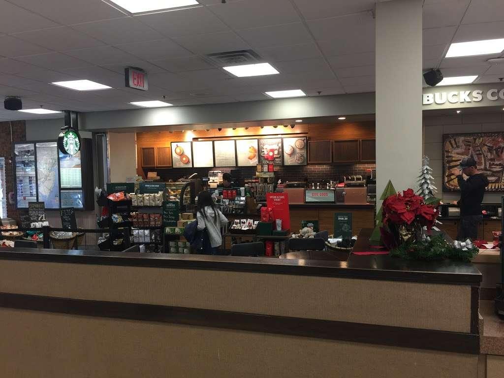 Starbucks - cafe  | Photo 4 of 10 | Address: NJ Tpke, Ridgefield, NJ 07657, USA | Phone: (201) 943-1171