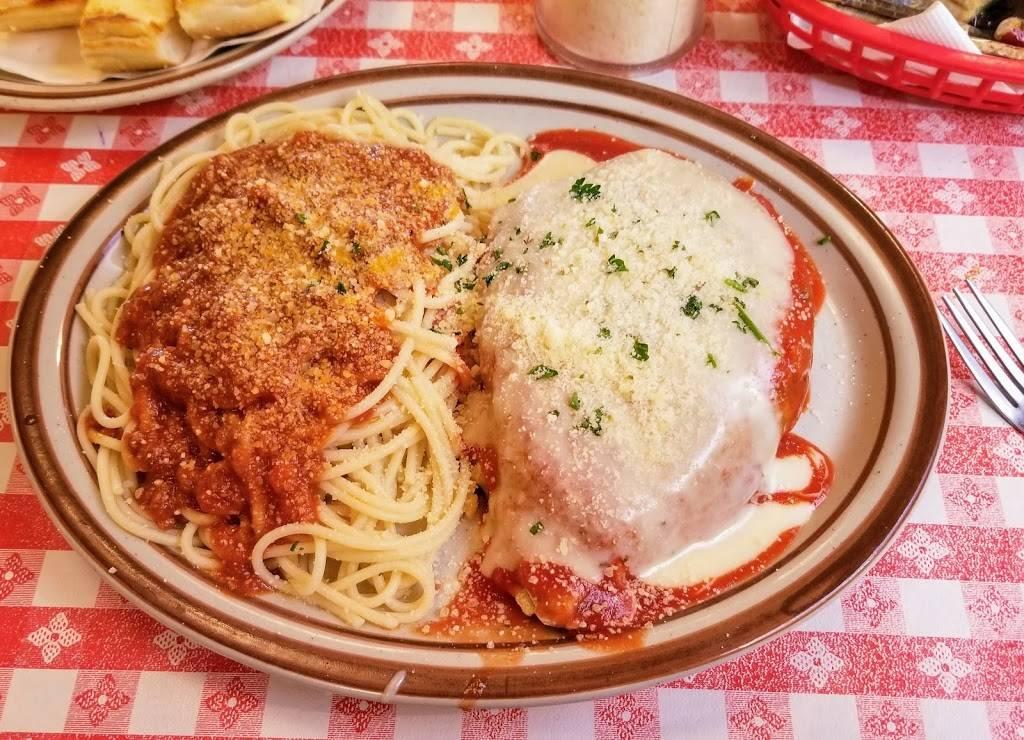 Rigazzis - restaurant  | Photo 2 of 10 | Address: 4945 Daggett Ave, St. Louis, MO 63110, USA | Phone: (314) 772-4900