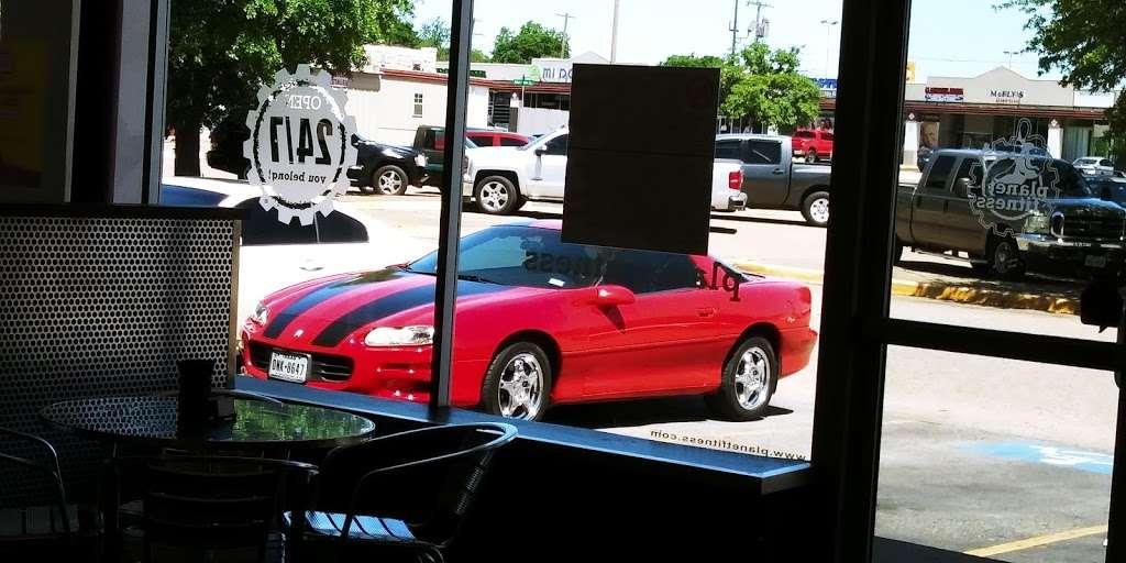 Westmoreland Heights Shop Village - shopping mall  | Photo 3 of 8 | Address: 3230 Falls Dr, Dallas, TX 75211, USA