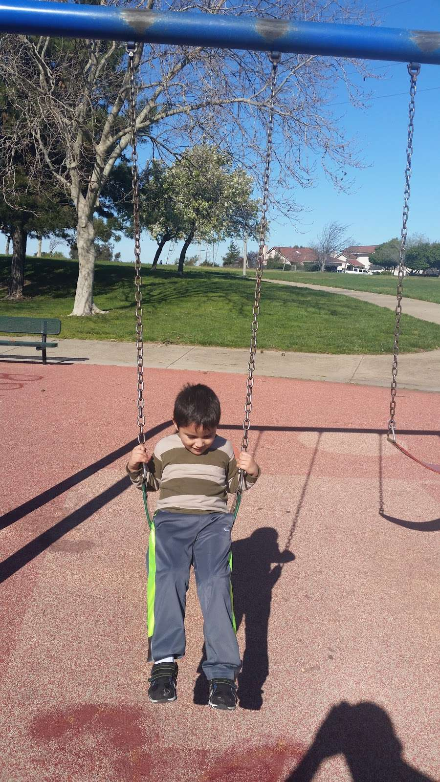 Almondridge Park - park  | Photo 5 of 10 | Address: 3400 Almondridge Dr, Antioch, CA 94509, USA | Phone: (925) 779-6950