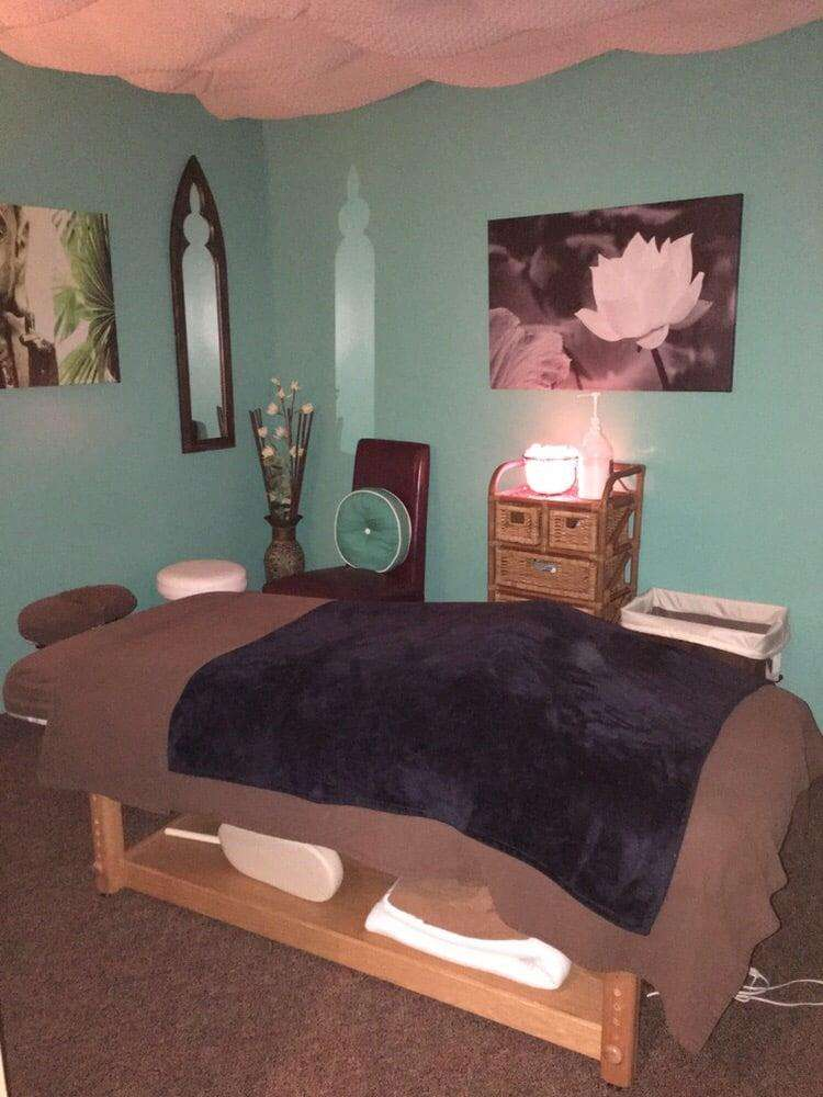 Harmonic Balance Chiropractic LLC - health  | Photo 9 of 10 | Address: 8 Wyntre Brooke Dr, York, PA 17403, USA | Phone: (717) 747-9355