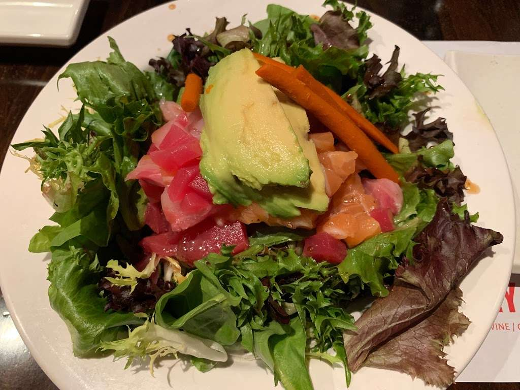 Crazy Rockn Sushi - restaurant  | Photo 9 of 10 | Address: 1546 W Redondo Beach Blvd, Gardena, CA 90247, USA | Phone: (310) 323-7655