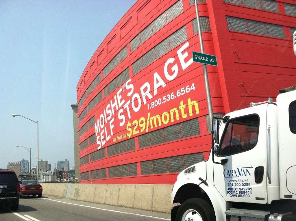 Moishes Self Storage - storage  | Photo 3 of 7 | Address: 930 Newark Ave, Jersey City, NJ 07306, USA | Phone: (201) 659-0669
