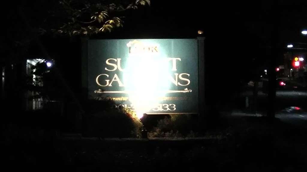 Summit Gardens - real estate agency    Photo 1 of 1   Address: 30 Arcadia Rd, Hackensack, NJ 07601, USA   Phone: (888) 997-5399