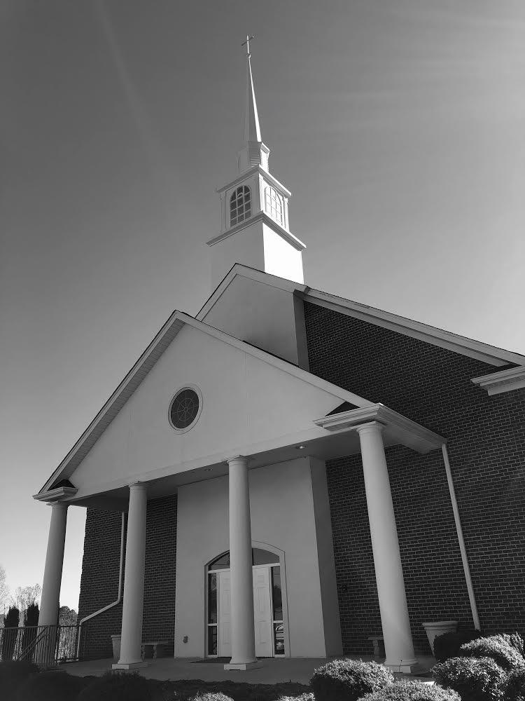 The Chapel Church - church  | Photo 1 of 5 | Address: 410 26th Ave NE, Hickory, NC 28601, USA | Phone: (828) 855-1777
