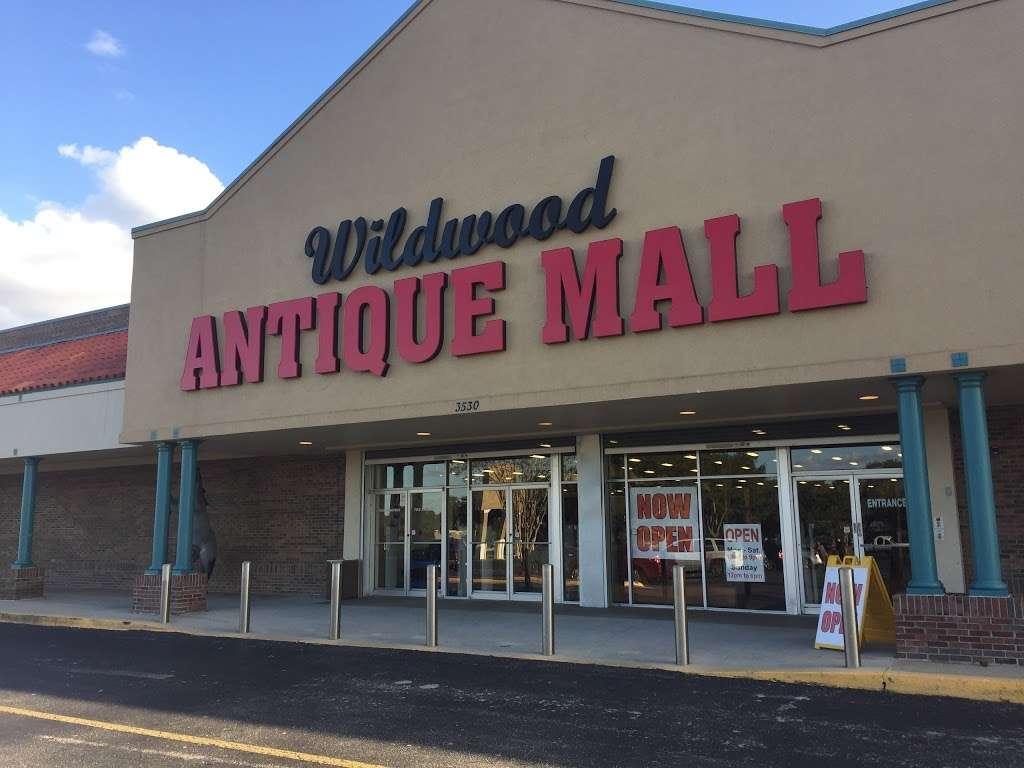 Wildwood Antique Mall of Lakeland - jewelry store  | Photo 1 of 9 | Address: 3530 US Hwy 98 N, Lakeland, FL 33809, USA | Phone: (863) 603-3917