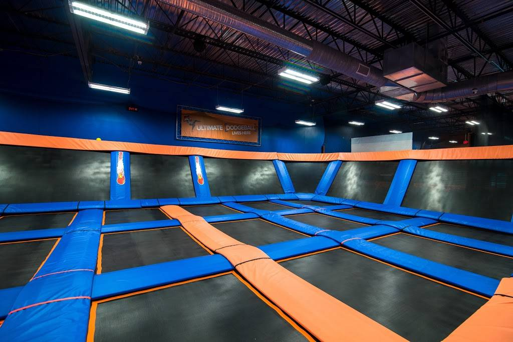 Sky Zone Trampoline Park - amusement park  | Photo 6 of 10 | Address: 1572-A, Highwoods Blvd, Greensboro, NC 27410, USA | Phone: (336) 550-1800