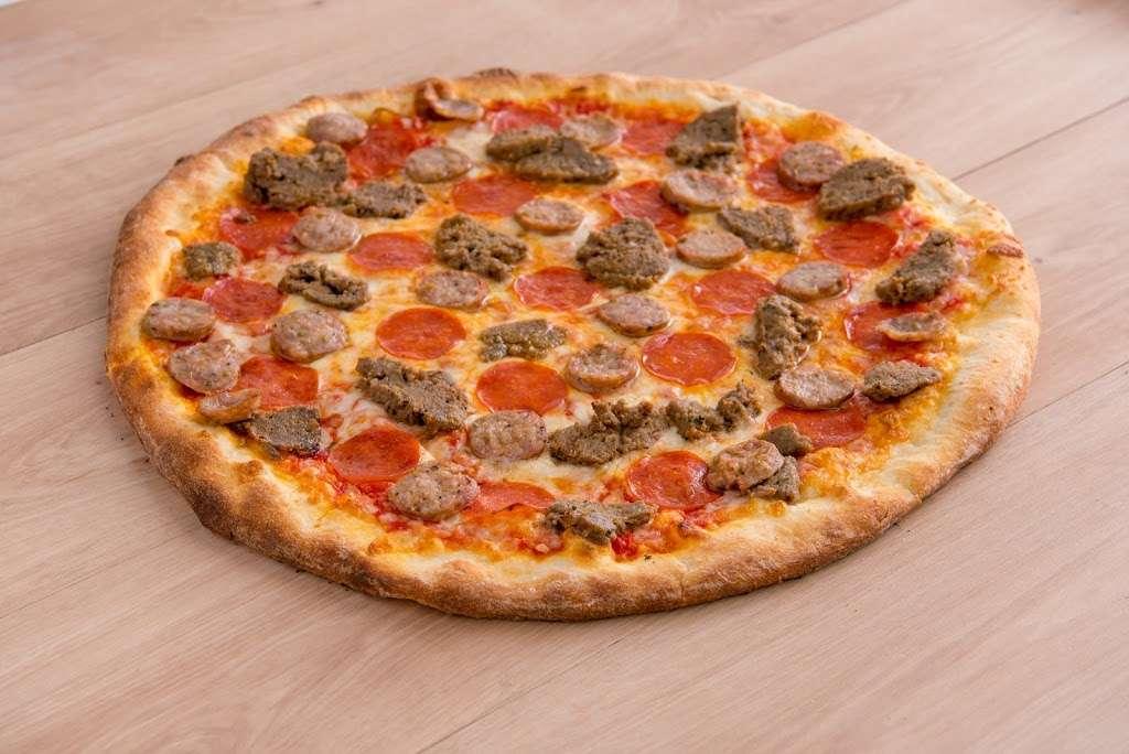 Lorenzos of New York - restaurant  | Photo 9 of 10 | Address: 1523 S Bundy Dr, Los Angeles, CA 90025, USA | Phone: (424) 369-5600