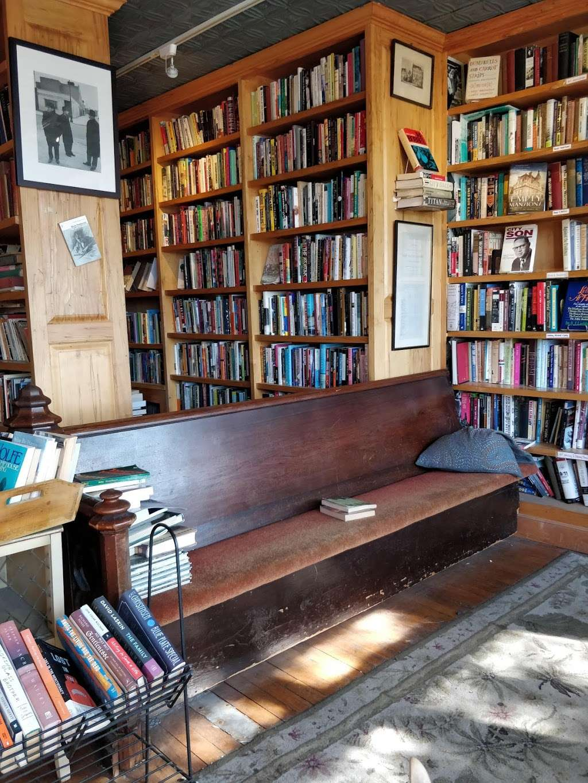 Freebird Books & Goods - book store  | Photo 3 of 5 | Address: 123 Columbia St, Brooklyn, NY 11231, USA | Phone: (718) 643-8484