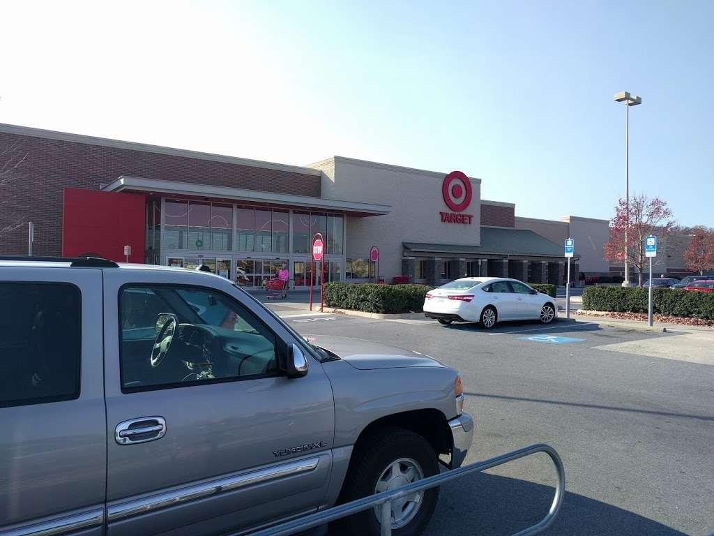Target - department store    Photo 10 of 10   Address: 10 Crooked Run Plaza, Front Royal, VA 22630, USA   Phone: (540) 631-3290