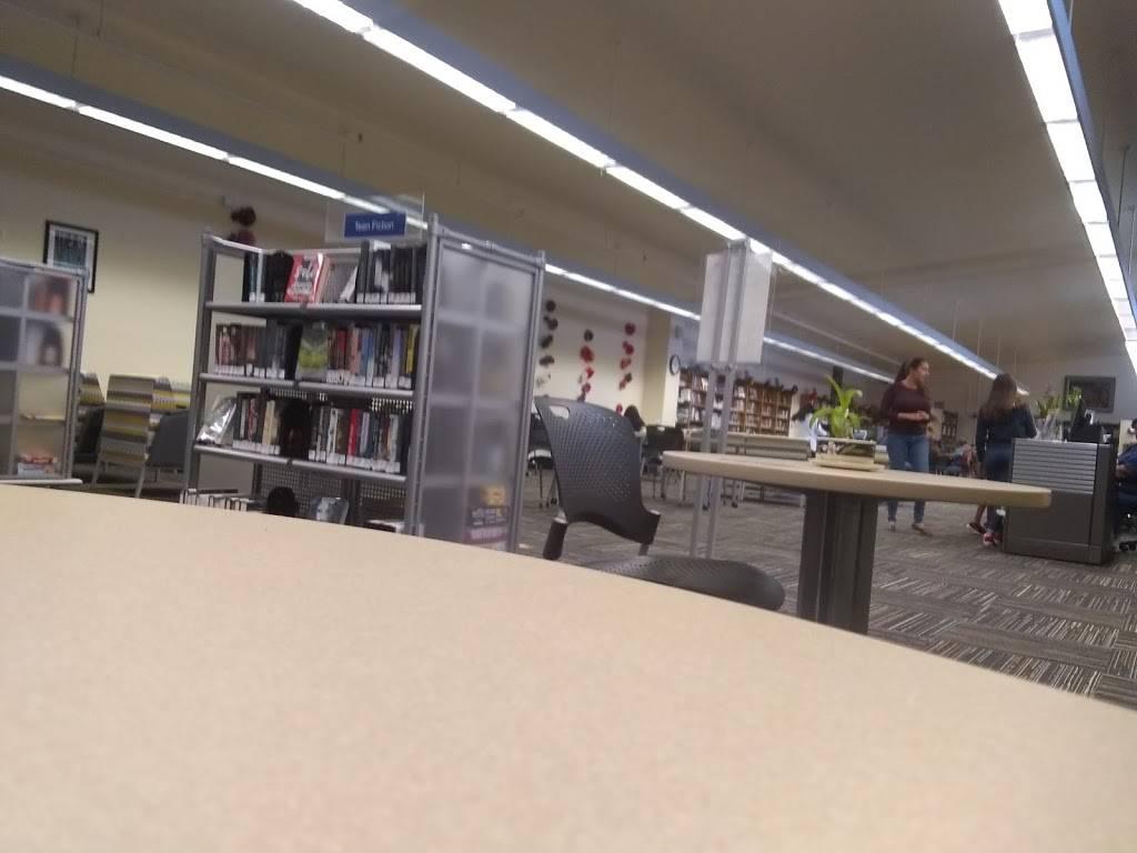 Sam Lena-South Tucson Library - library  | Photo 2 of 2 | Address: 1607 S 6th Ave, Tucson, AZ 85713, USA | Phone: (520) 594-5265