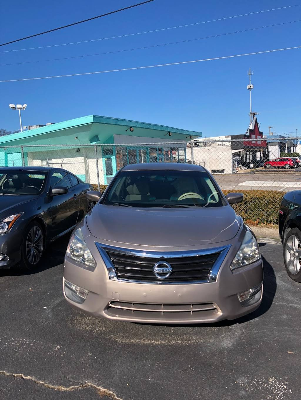 Kings Motors & Services inc. - car dealer  | Photo 7 of 10 | Address: 1254 Gallatin Pike S, Madison, TN 37115, USA | Phone: (615) 739-2653
