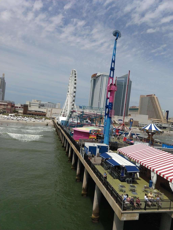 Steel Pier Helicopters - airport  | Photo 2 of 10 | Address: 1000 Boardwalk, Atlantic City, NJ 08401, USA | Phone: (732) 245-3306