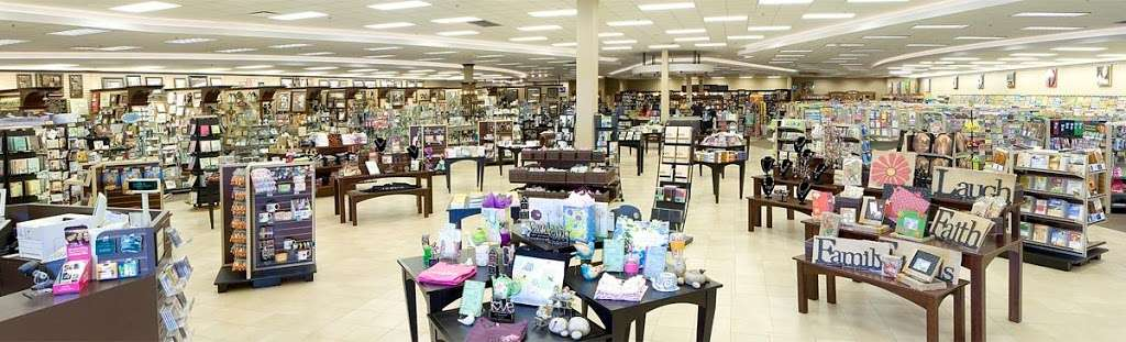 Mardel Christian & Education - book store    Photo 6 of 10   Address: 20085 Gulf Fwy, Webster, TX 77598, USA   Phone: (281) 316-5081