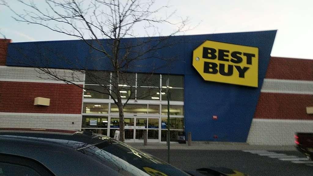 Best Buy - electronics store  | Photo 8 of 10 | Address: 3849 S Delsea Dr, Vineland, NJ 08360, USA | Phone: (856) 765-1880