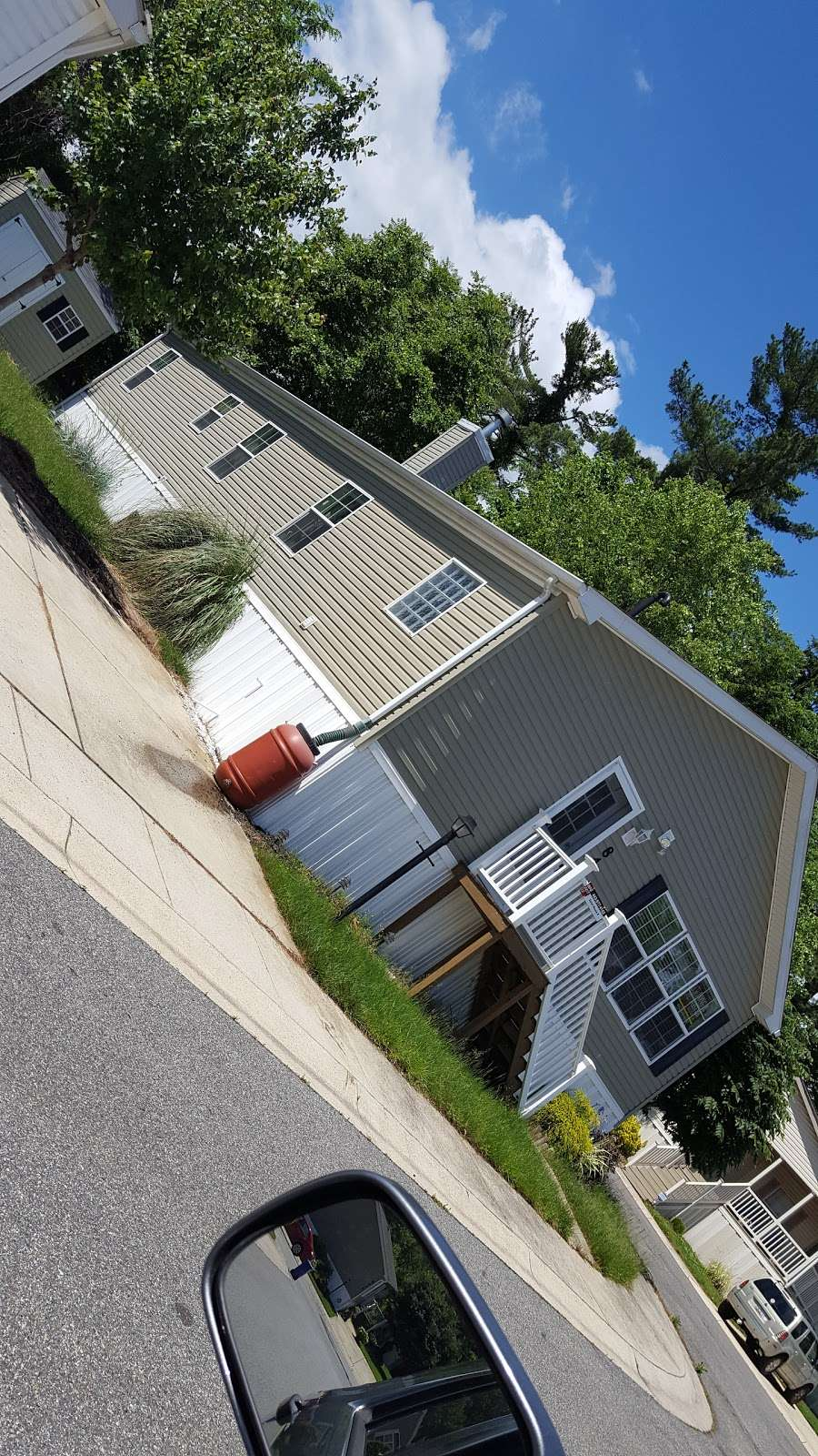 Brentwood Manor Inc - rv park  | Photo 2 of 5 | Address: 8291 Washington Blvd, Jessup, MD 20794, USA | Phone: (301) 498-0440